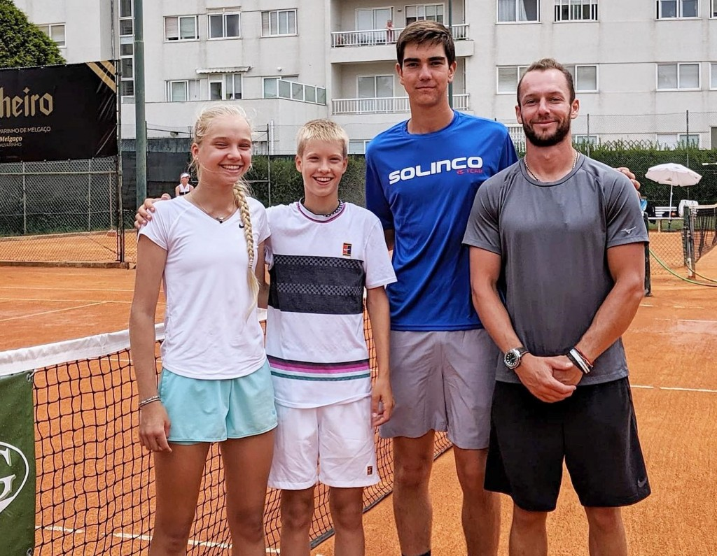 Annabel Schoen, Patrick Schoen and Rodrigo Deleu at ITF Junior, Porto. Coach Ivan Karasyov